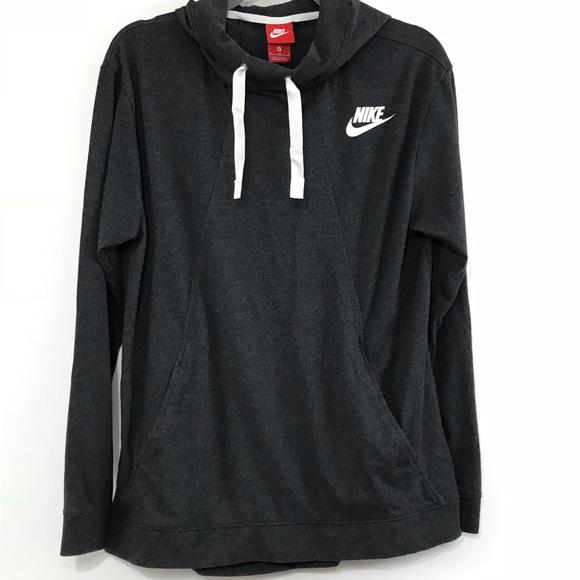 35c69fc46d36 Nike Tops